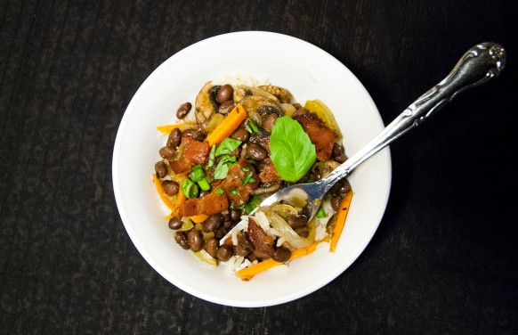Black Beans & Rice https://wraysofsunshine.com/2014/07/07/menu-black-beans-rice/
