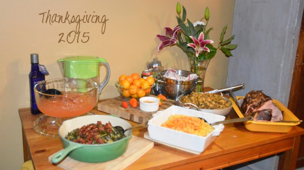 Thanksgiving_2015_spread